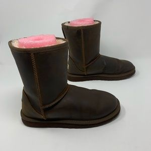 UGG Classic Dark Brown Leather Short Boots